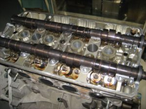 エンジンオーバーホール カムシャフト