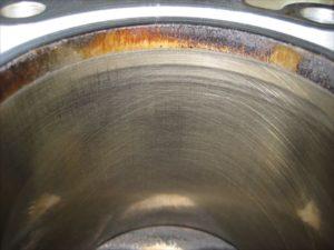 エンジンオーバーホール シリンダー